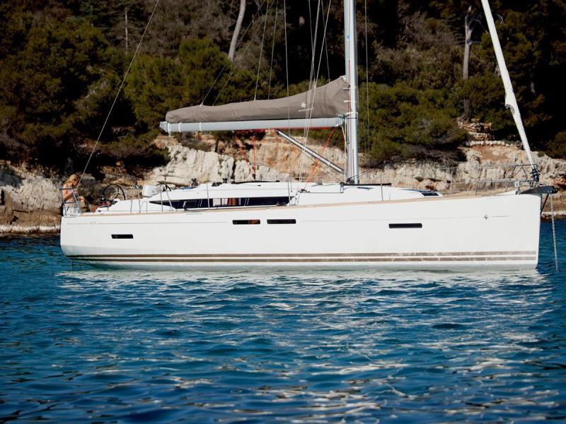 Navalia - Imbarcazione Sun Odyssey 419 2