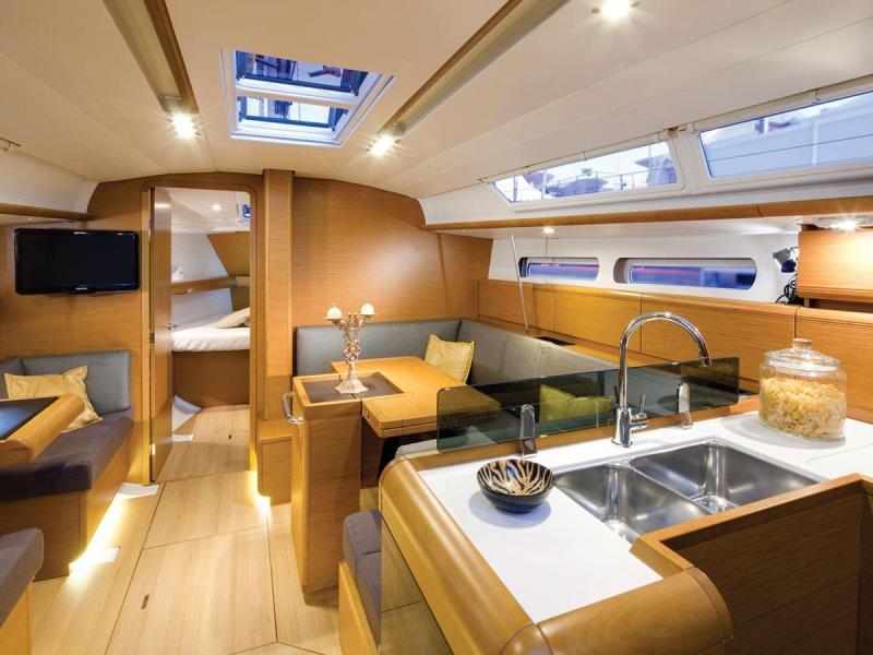 Navalia - Imbarcazione Sun Odyssey 419 7
