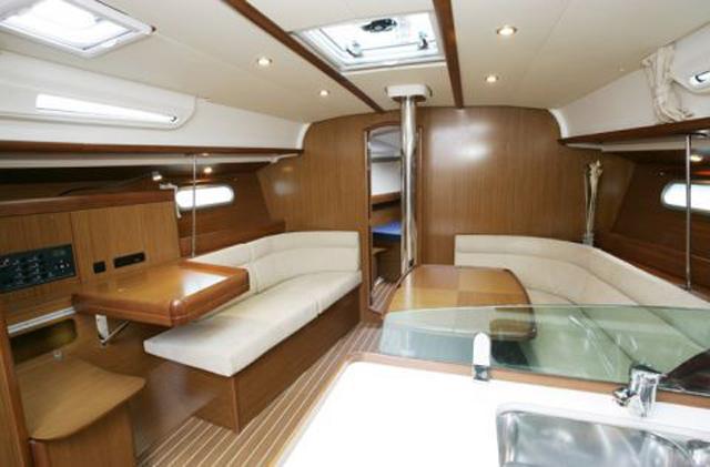 Navalia - Imbarcazione Sun Odyssey 42i 5