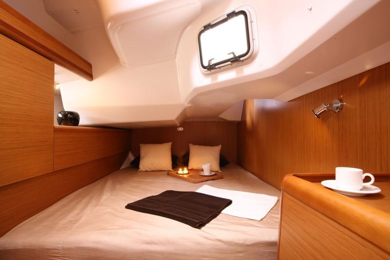 Navalia - Imbarcazione Sun Odyssey 44i 9