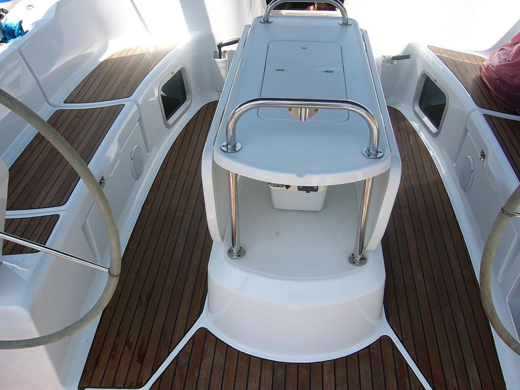 Navalia - Imbarcazione Sun Odyssey 45 4