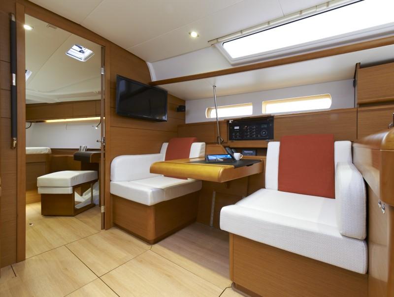 Navalia - Imbarcazione Sun Odyssey 469 10