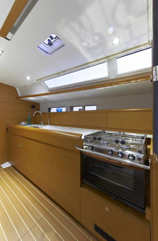 Navalia - Imbarcazione Sun Odyssey 479 9