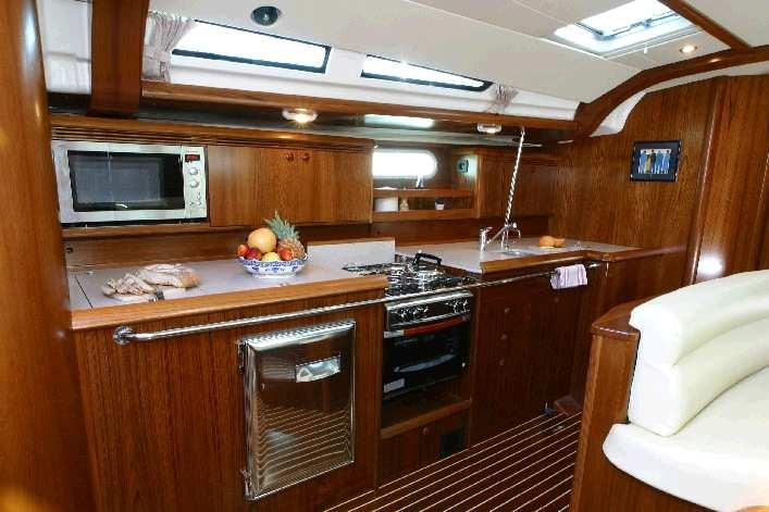 Navalia - Imbarcazione Sun Odyssey 49 7