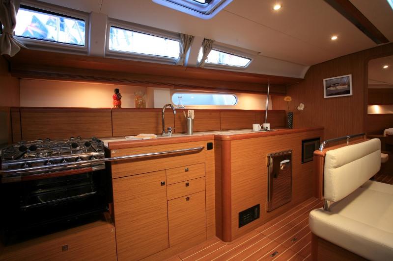 Navalia - Imbarcazione Sun Odyssey 49i 7