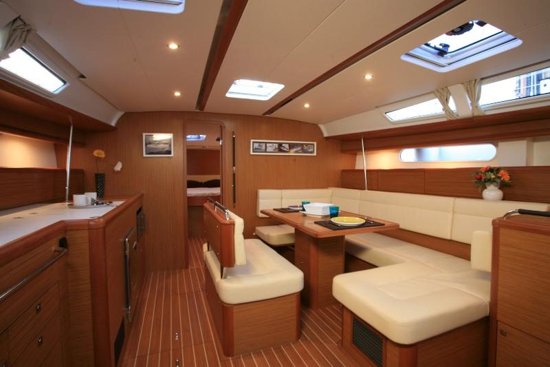 Navalia - Imbarcazione Sun Odyssey 49i 8
