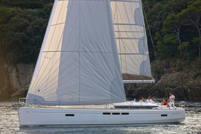 Navalia - Imbarcazione Sun Odyssey 519 1