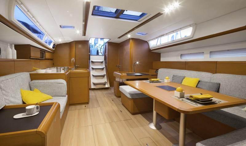 Navalia - Imbarcazione Sun Odyssey 519 7