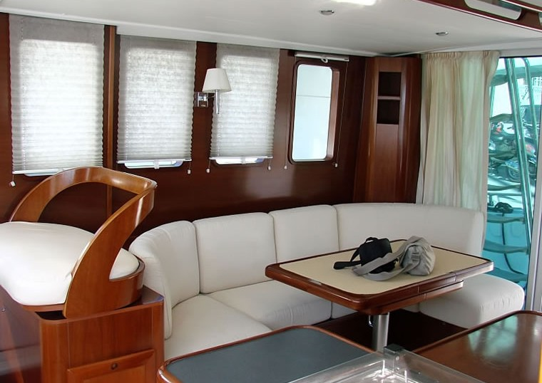 Navalia - Imbarcazione Beneteau Trawler 42 8