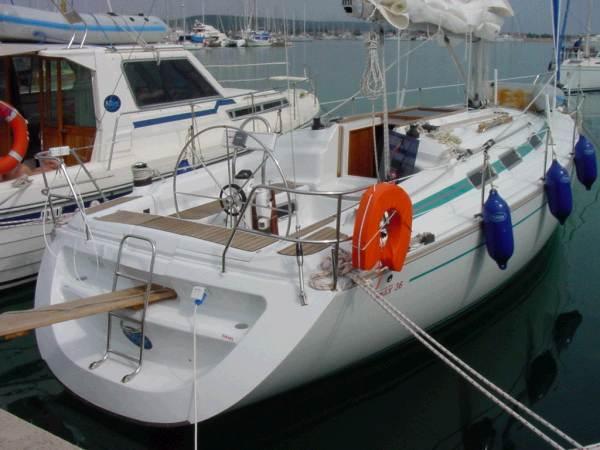 Navalia - Imbarcazione Vektor 36 1